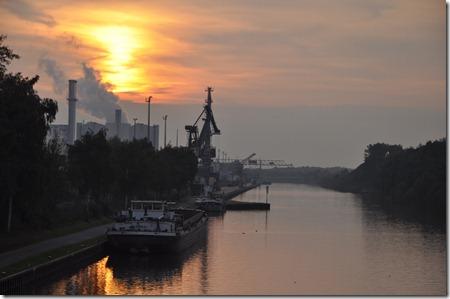Nordhafen Sunset 2011-09-27 012